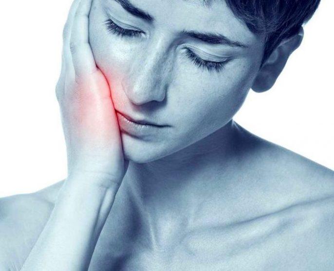 混合信息:为什么牙痛意味着你应该去看心脏病专家?