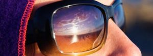 Cuidado com os danos causados pelo sol em seus olhos