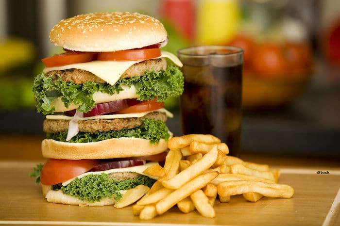 食品的高脂肪含量的饮食的胃酸倒流: 是否有必要说不要的脂肪来摆脱胃灼热?