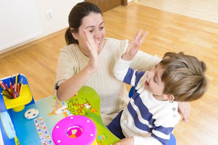 Helfen Sie Ihren Kindern, starke und stabile Menschen zu werden - bauen Sie Ihr Selbstwertgefühl auf