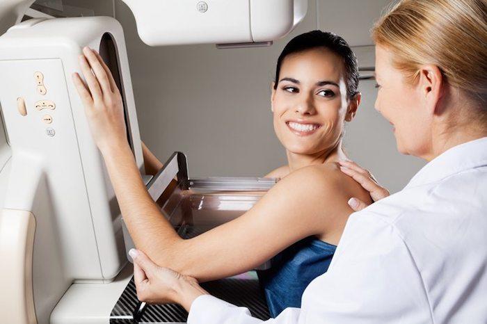 Dolor de la mama después de la mamografía