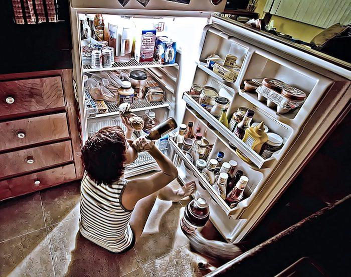 क्या दवाओं द्वि घातुमान खाने में अनियमितता का इलाज किया जाता?