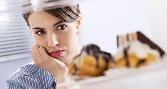 Plan de alimentación para la recuperación de atracones: cómo comer durante el tratamiento de trastorno alimenticio