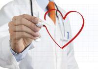 ¿Qué causa un corazón agrandado?