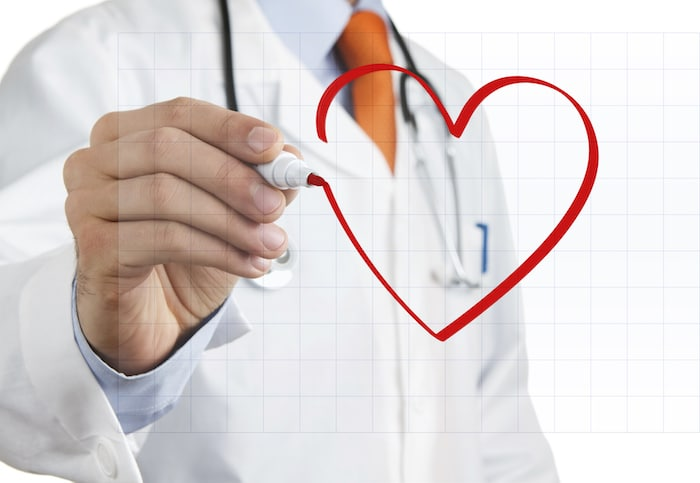 Kaj povzroča povečano srce?