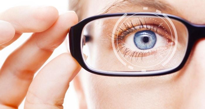 Cómo cuidar adecuadamente las lentes de contacto