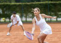 كيف تتجنب إصابتي التنس الأكثر شيوعًا؟