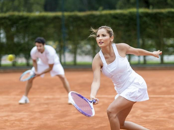 """¿Cómo evitar las dos lesiones de tenis más comunes"""""""