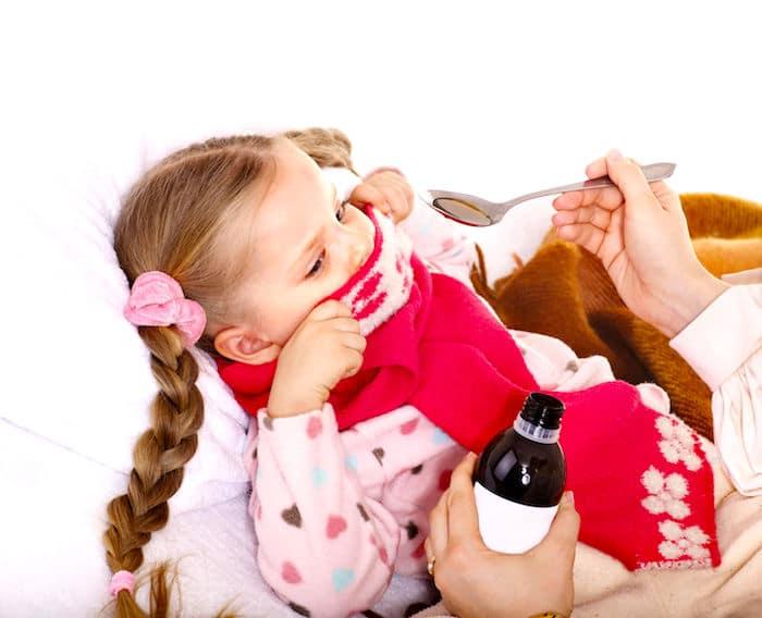 """¿La medicina para la tos de los niños es segura"""""""