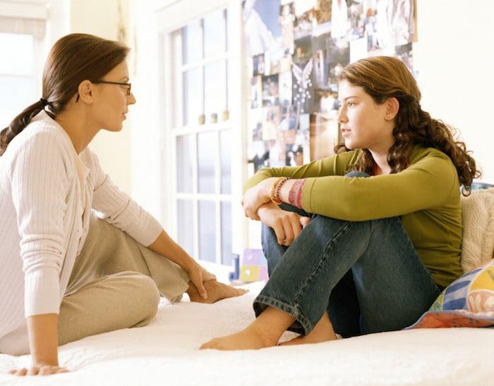 Dicas para pais solteiros conversarem com adolescentes