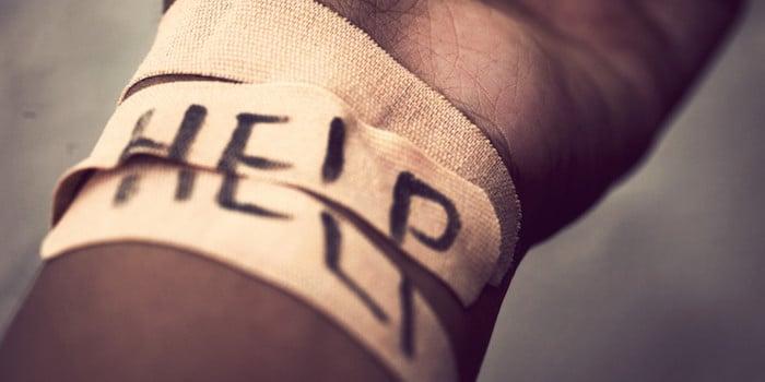 为什么人伤害自己和我们如何能够帮助