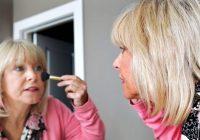 Os maiores erros de maquiagem que as mulheres mais velhas cometem
