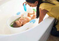 Bases du bain pour bébé: guide des parents pour le premier bain des nouveau-nés