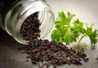 قصور الغدة الدرقية والعلاجات الطبيعية: هل يمكن للغذاء والأعشاب المساعدة في علاج الغدة الدرقية الكامنة لديك؟