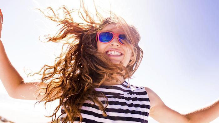 Vrh 10 nasveti za nego las: zaščitite lase pred poškodbami, ki jih sonce