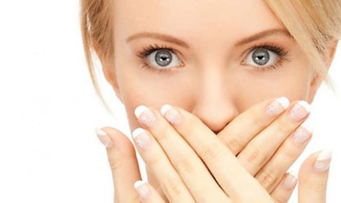 लक्षण और काले जीभ के उपचार