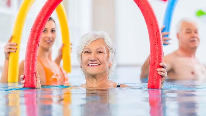 Plan de ejercicios para fibromialgia: entrenamiento de fuerza vs. entrenamiento cardio