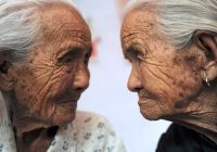 هل تعيش حياة طويلة: علم الوراثة أم أسلوب حياة؟