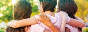 Soutien à la famille et amis: conseils pour faire face au cancer dans un bien-aimé