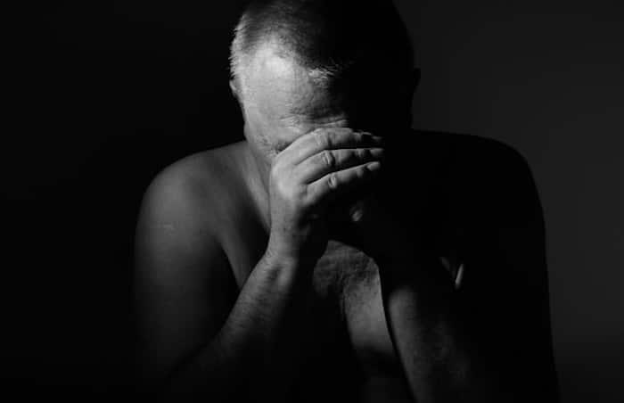 La depresión está fuertemente relacionada con un mayor riesgo a largo plazo de muerte temprana tanto en mujeres como en hombres