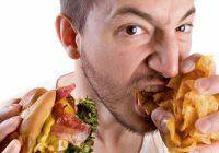 Eine neue Studie zeigt, dass Stress genauso ungesund sein kann wie Junk Food