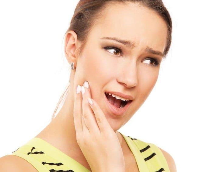 Posibles causas de las glándulas salivales repetidamente hinchadas