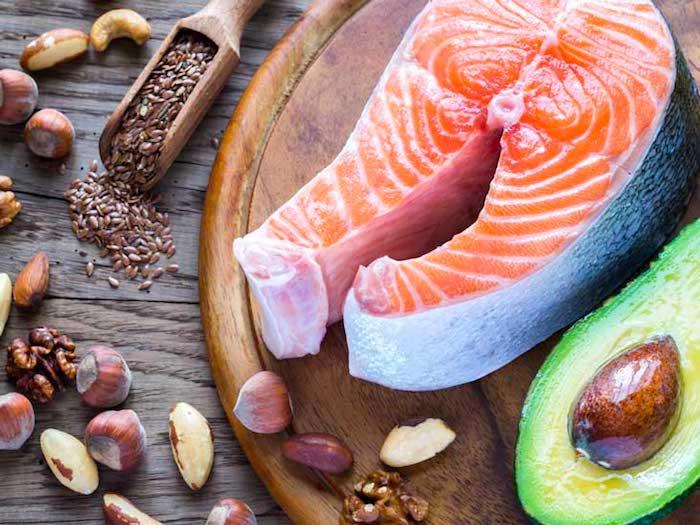 Come muchos ácidos grasos Omega-3 y es menos probable que desarrolles una degeneración macular relacionada con la edad