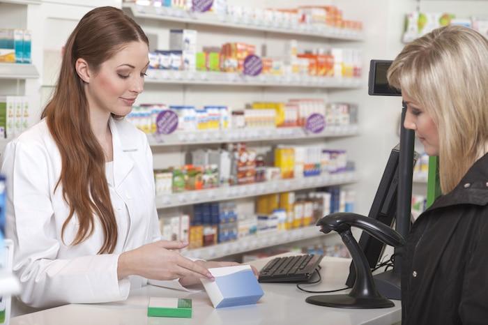 ¿Qué deben saber las mujeres acerca de los parches de reemplazo de estrógeno Estraderm?