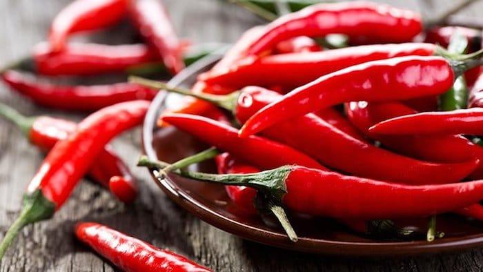 Por que você deve incluir chiles em sua dieta