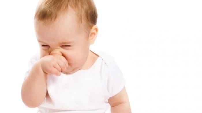 ¿Por qué mi bebé tiene una nariz que moquea?