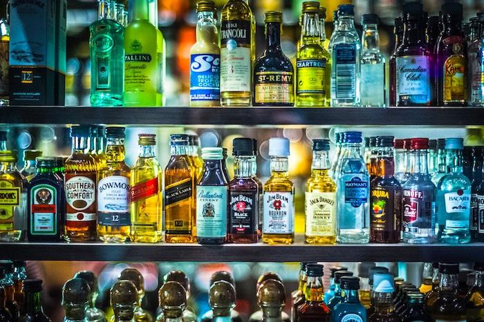 ¿Puedo beber alcohol?