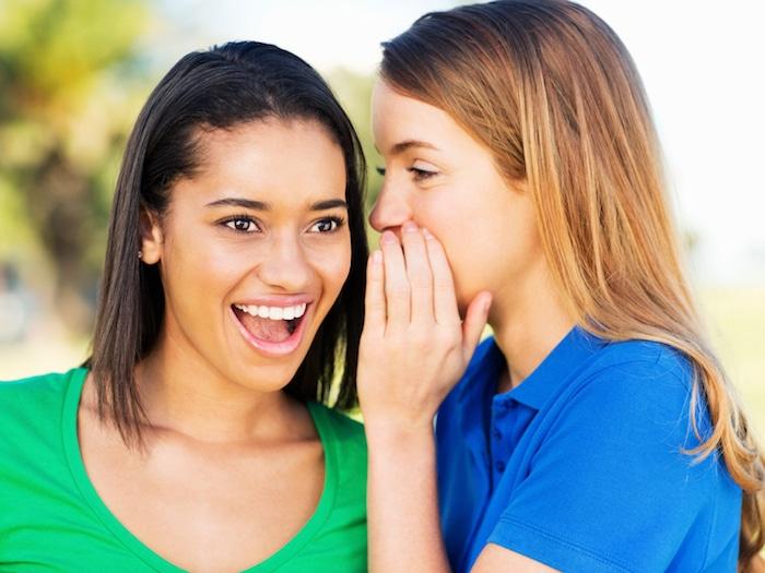 التعامل مع المراهقين: كيفية تعليم المراهقين علاقات رومانسية صحية