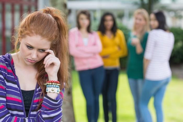 Como lidar com os adolescentes: quão ruim é a pressão dos colegas e os pais podem influenciar o grupo?