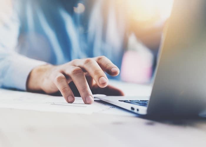 Introduce el título aquí Consejos y herramientas para manejar enfermedades crónicas en el lugar de trabajo