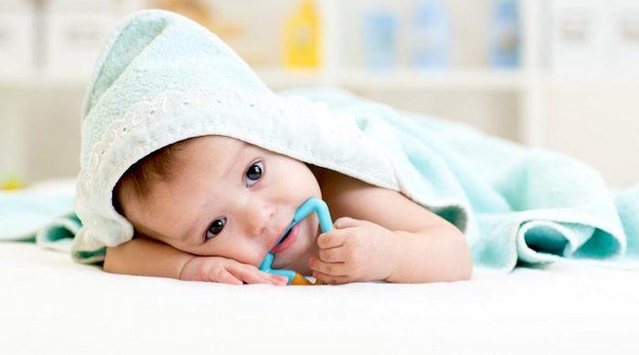 ¿Hay un remedio seguro para la dentición de mi bebé?