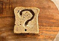 Est-ce que des selles fréquentes peuvent signifier que je pourrais avoir une intolérance au gluten ou une maladie coeliaque?