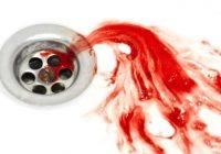Sollten Sie sich Sorgen um das Blut in Ihrem Speichel machen?