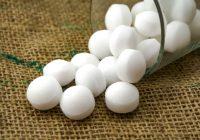 Advertencia: ¡No use bolas antipolillas de naftalina o paradiclorobenceno!