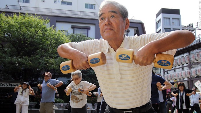 La alta fuerza muscular podría ayudarlo a vivir más tiempo, según un estudio