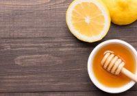 Use mel em vez de antibióticos para tratar a tosse