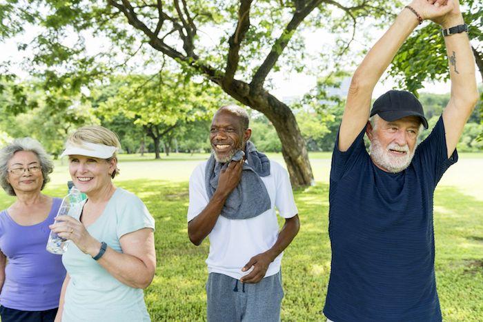 El ejercicio regular puede ayudar a controlar las formas autoinmunes de la artritis