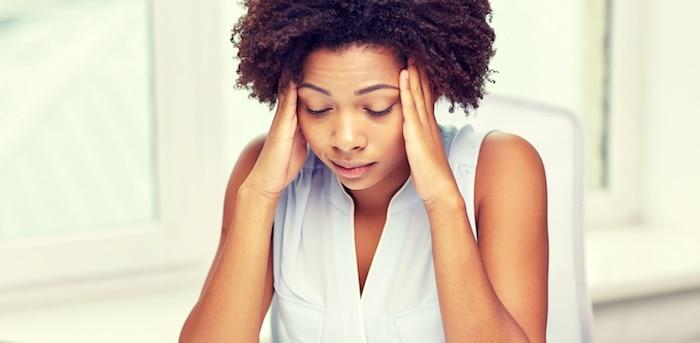 Las fases de una migraña silenciosa incluyen la fase prodrómica y la fase de aura