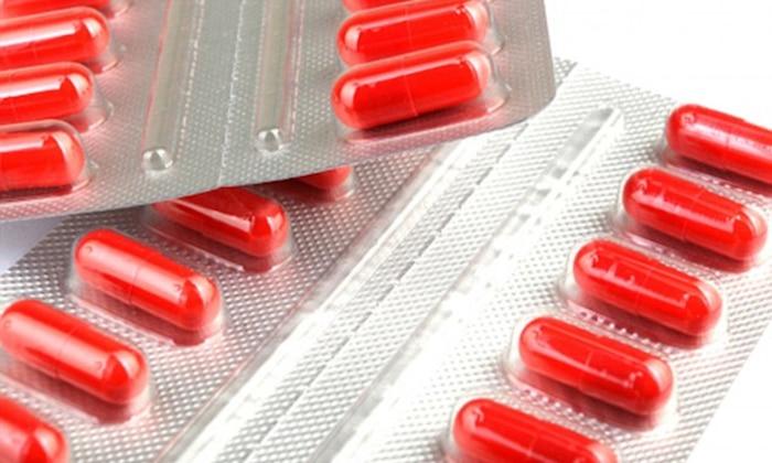 Un médico puede recetar antibióticos para tratar la gonorrea