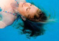 Un sarpullido por cloro es un tipo de dermatitis de contacto