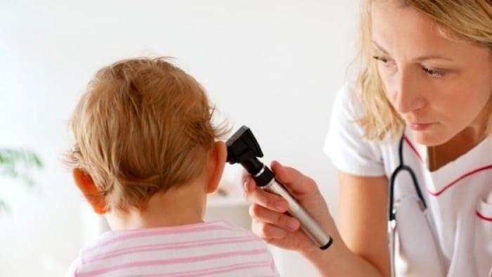 Una infección recurrente del oído puede ser una razón para eliminar las adenoides