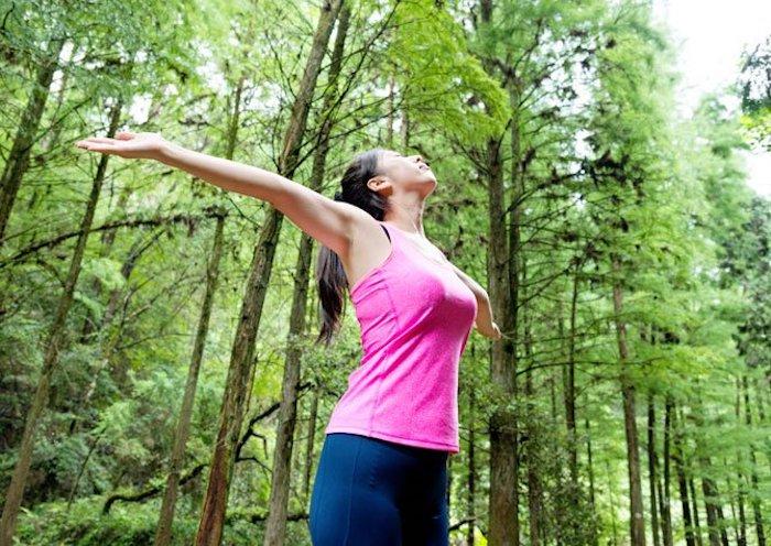Une personne peut avoir une respiration plus facile pendant l'exercice après avoir cessé de fumer