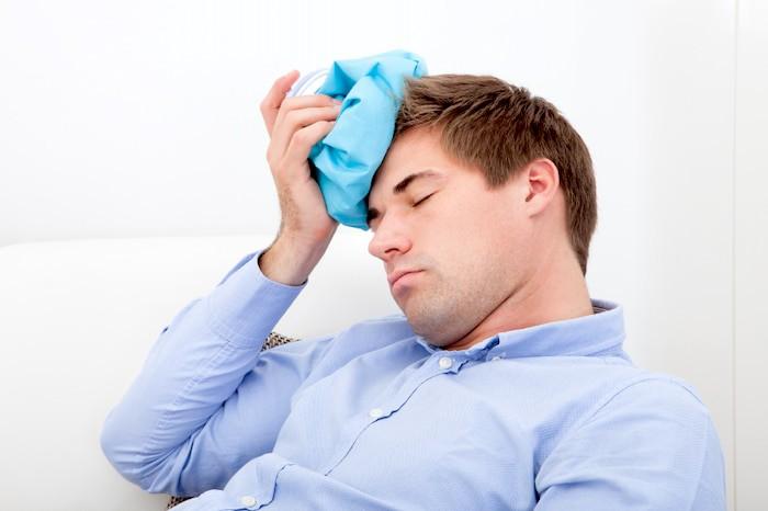 Los efectos secundarios potenciales de la terapia con insulina incluyen dolores de cabeza y ansiedad