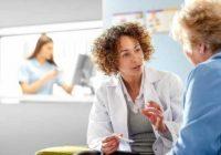 Los moretones es un efecto secundario común de la quimioterapia oral
