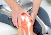 La AR causa dolor e hinchazón en las articulaciones y otros síntomas