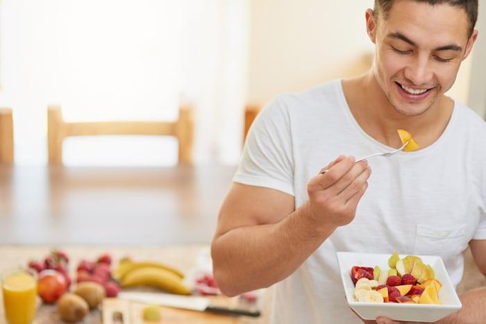 """Hay más de una manera de acercarse a una """"desintoxicación"""" de comida chatarra. imágenes falsas"""